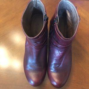 Mizmozz burgundy multi buckle boots
